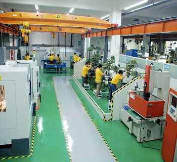 Plastic-Injection-Molding-1